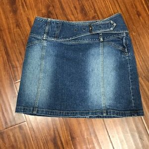 Cache denim skirt with buckle front size 4